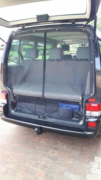Moskitonetz für Heckklappe VW T5 T6 ab Baujahr 2003 Farbe schwarz